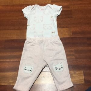 3/$15 carters kitty outfit